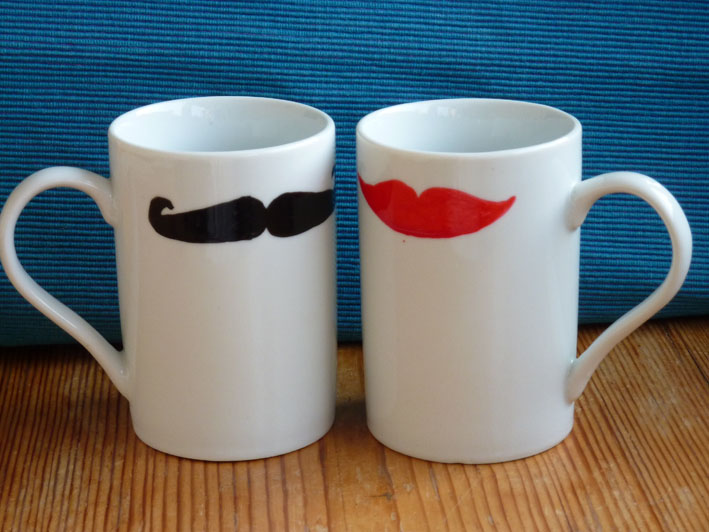 "Tassen-Set  ""Kiss me, moustache"""