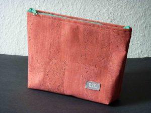 Kosmetiktasche aus Kork, gefärbt in Rosé
